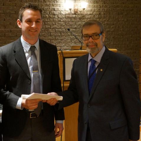 Medical student receives CaRMS leadership award