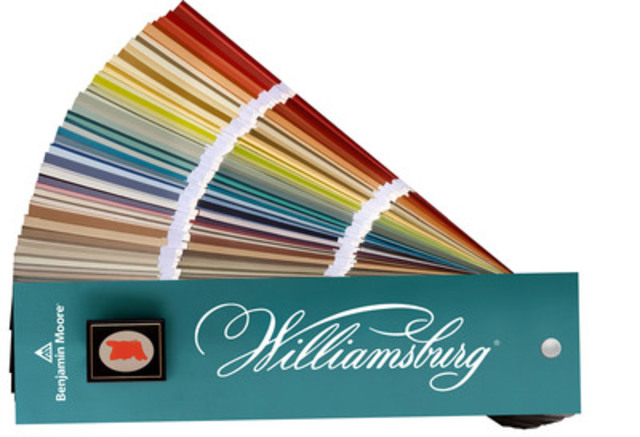 Benjamin moore collaborates with the colonial williamsburg for Williamsburg exterior paint colors