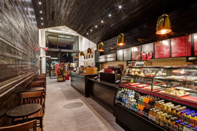 Starbucks proudly opens its 100th caf in quebec for Design interieur quebec