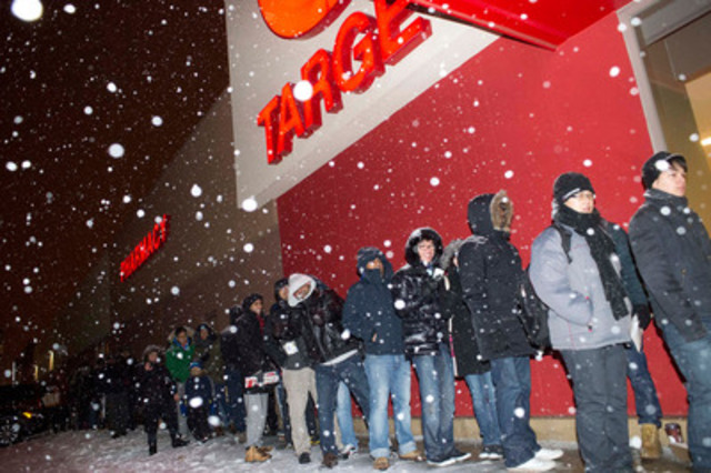 Target Stores Buzzing On Retailer S First Boxing Day In Canada