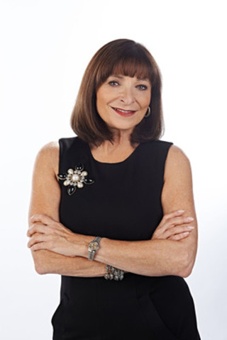 Jeanne beker fashion tv Jeanne Beker - Flare
