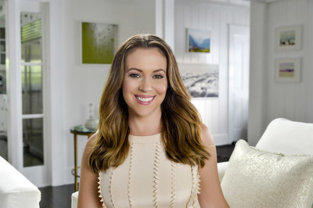 cnw l 39 actrice alyssa milano choisit atkins comme programme de perte de poids. Black Bedroom Furniture Sets. Home Design Ideas