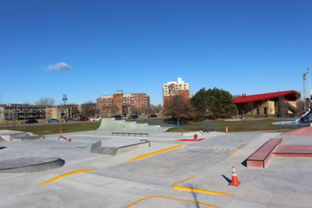 Un skatepark urbain unique en son genre ouvre verdun - Piscine interieure verdun montreal toulouse ...